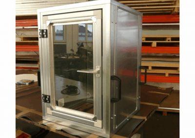 Lärmschutzbox für Ultraschallreinigung