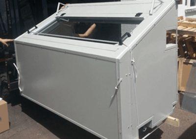 Lärmschutzbox fahrbar mit Fensterklappe